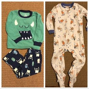 2 Pairs of Carter's 3T Winter Jammies! So Cute!